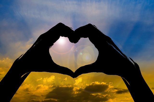 愛と生きる